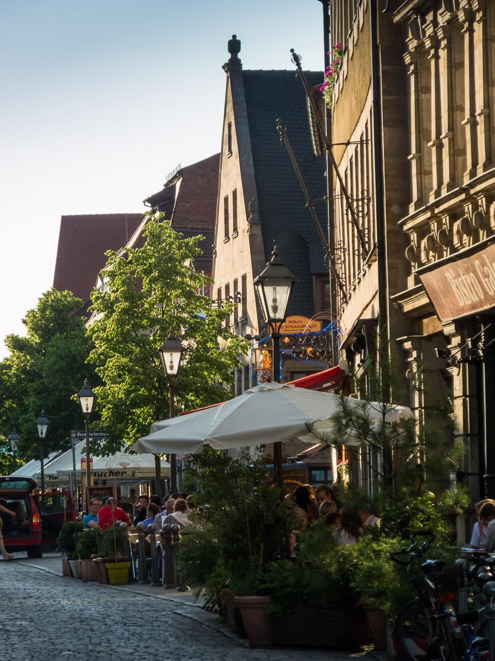 Fürther Gustavstraße im Sommer