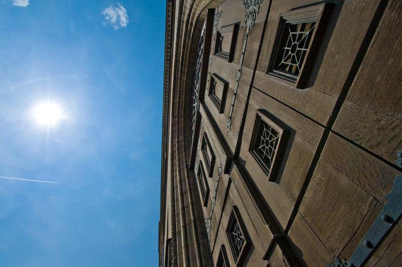 Fürther Rathaus Eingangstor