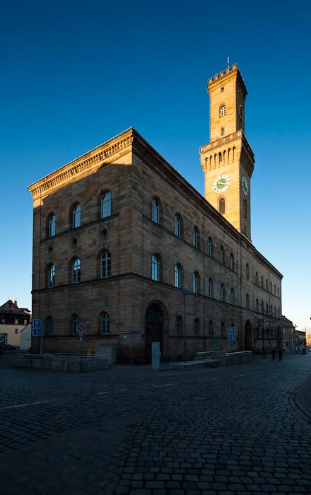 Rathaus im Abendlicht
