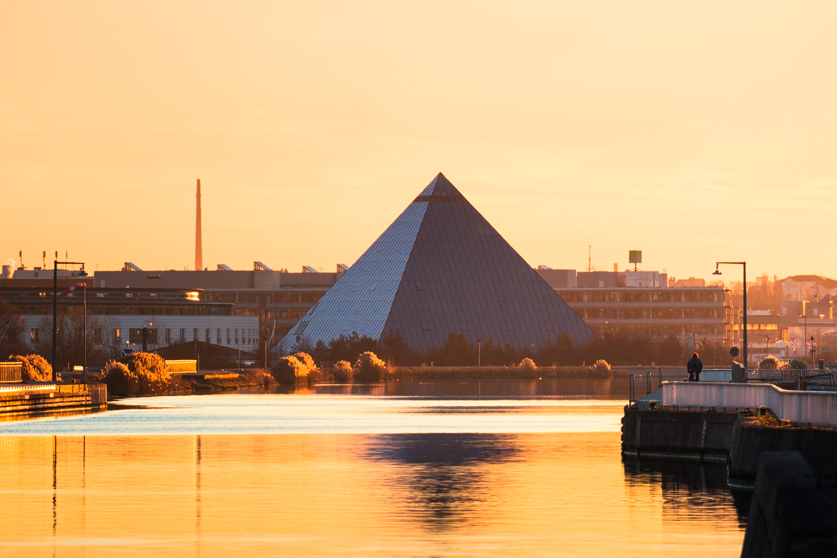 Fürther Pyramide am Kanal
