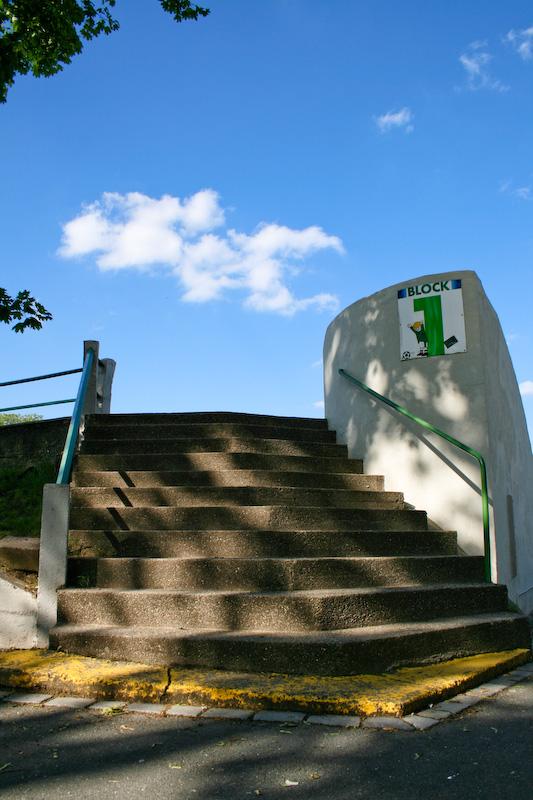 Der Block 1 des Sportpark Ronhofs