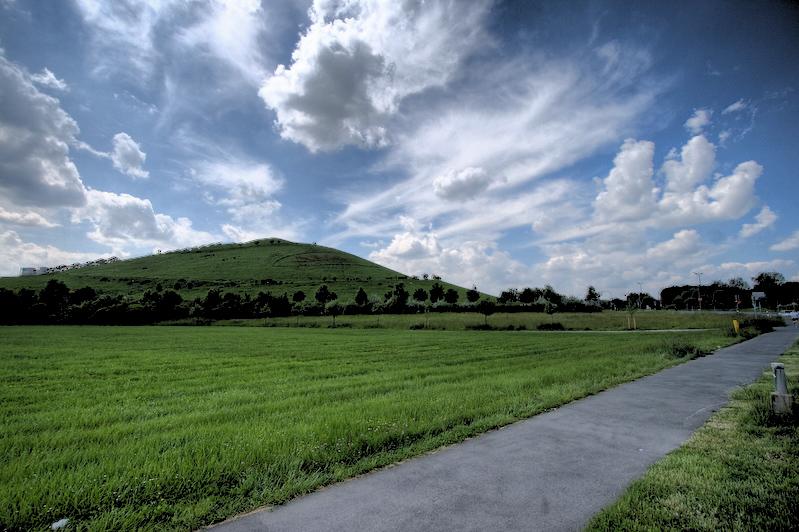 Solarberg Atzenhof vom Wiesengrund ausgesehen