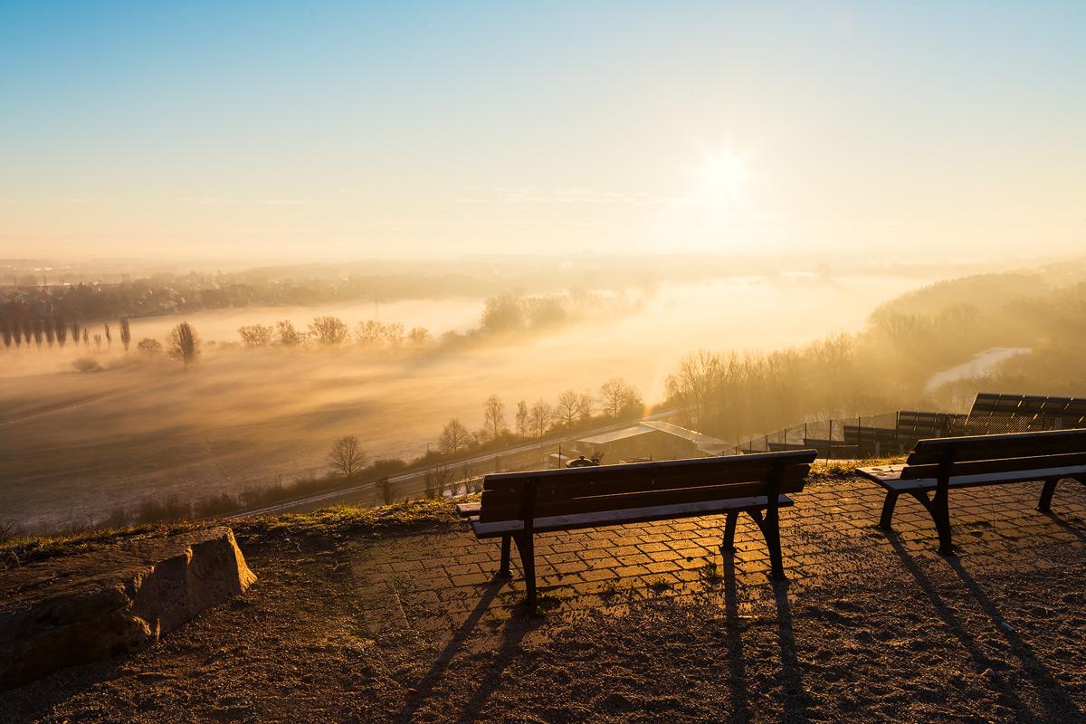 Ausblick Fürth Müllberg / Solarberg auf Nebel im Wiesengrund